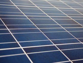 Energia solar de grandes usinas ultrapassa carvão na matriz elétrica brasileira , de acordo com ABSOLAR.