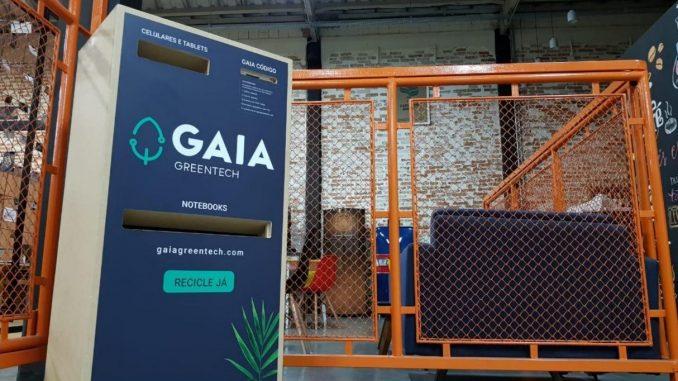 GAIA Box de mdf   Projetada para receber eletrônicos menores e portáteis