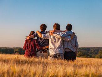 Pesquisa realizada pela Deloitte mostra que Millennials e a geração Z levantam a bandeira do consumo consciente
